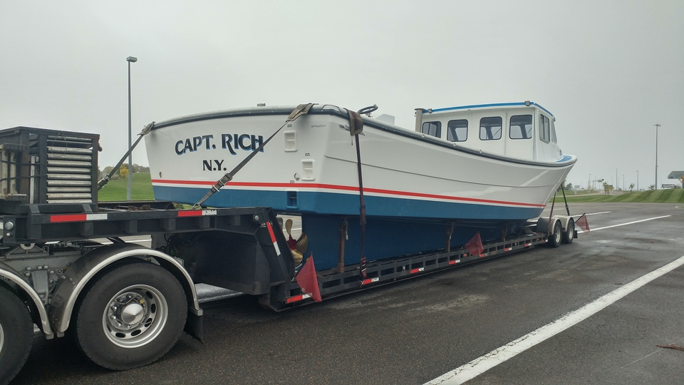 Boat movers, boat and yacht transport, boat shipping