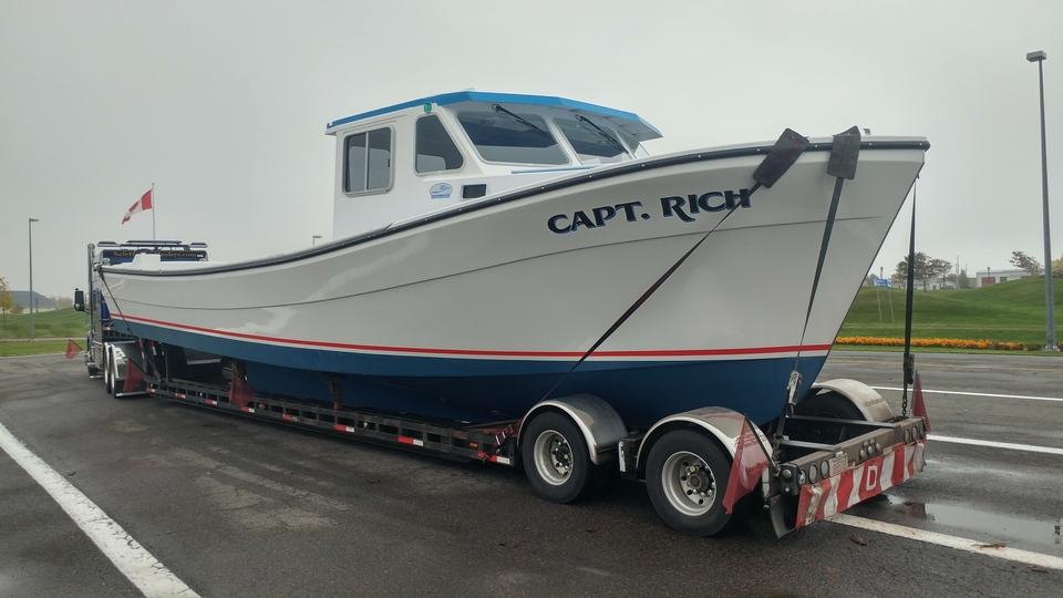 Marine transport, boat shipping