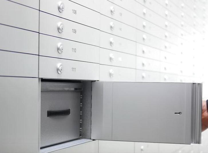 safe deposit box bank (12)