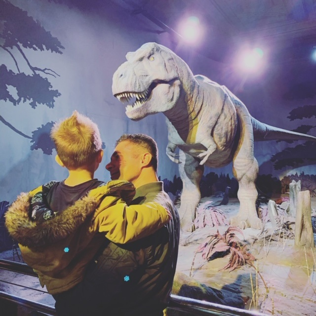 Dinosaur-spotting at the Natural History Museum in London