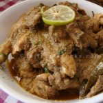 doi murgi / tender chicken curry simmered in yogurt