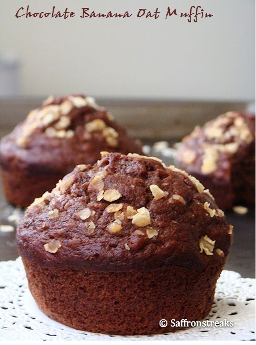 chocolate banana oat muffin