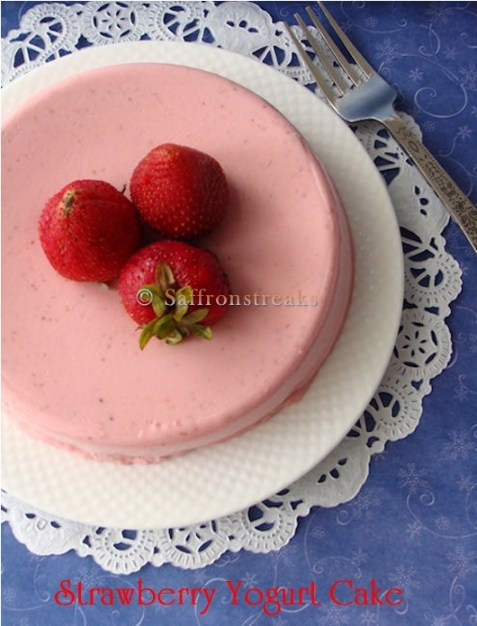 strawberry yogurt no bake cake