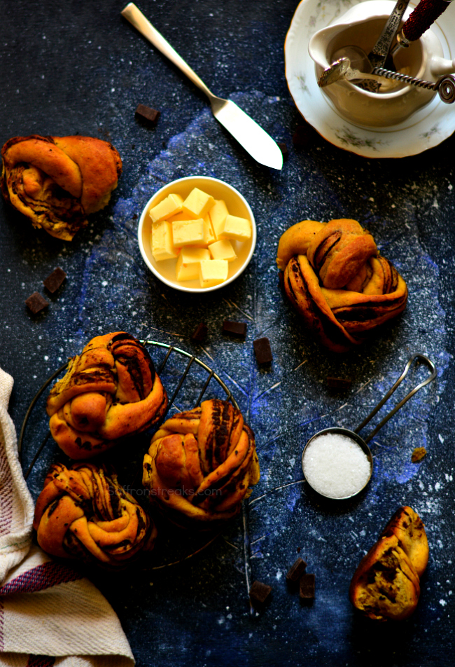 pumpkin chocolate babka rolls recipe