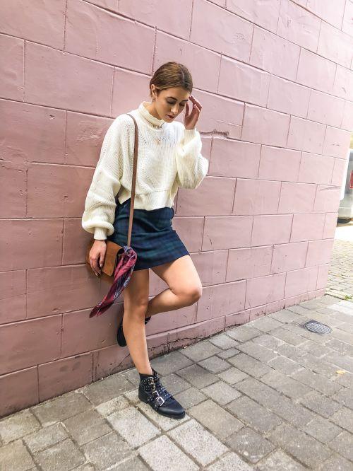 Cream Loose Fit Crop Knitted Jumper - Eden