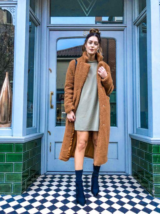 Getting cosy for Winter - Ft Cari's Closet teddy coat