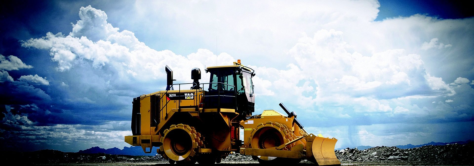 Engin Caterpillar