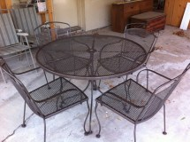 Spray-Paint Metal Patio Furniture
