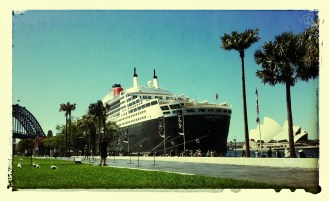 Queen Mary sidles up