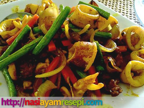 Ayam Goreng Cili Padi Azie Kitchen
