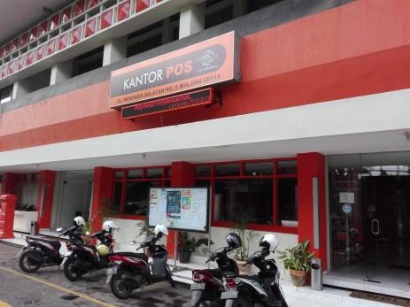 Kantor pos pusat, kota Malang