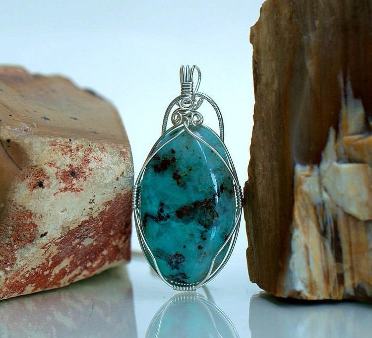 Light Blue Mineral Chrysocolla Pendant Necklace Sagastone