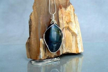 oval shape gemstone