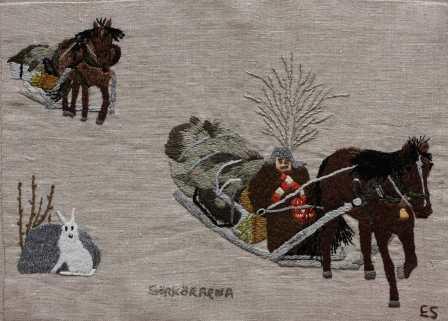 Sörkörarna Sörkörare kallades de handelsresande bönder i bygden som på vintern, när isarna lagt sig, med häst och släde gav sig iväg till Mälardalen, främst Stockholm, för att göra affärer. Där sålde sörkörarna sedan skinn, hudar, träskedar, lärft av eftertraktad kvalitet, smör, fågel och renskött. Med sig på färden tillbaka kunde sörköraren ha spannmål, silver och exotiska lyxvaror som siden och kryddor. Hela sörkörarresan kunde ta två månader. Det låg en aura av fest och äventyr kring dessa sörkörarresor och många uppnådde ett ansenligt välstånd genom sina affärer. Andra misslyckades och blev ruinerade. Sörkörarna vidgade sina vyer och kunde berätta om livet ute i den stora världen.