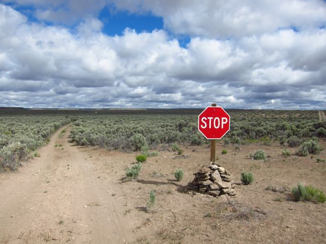 stopsign in the middle of nowhere