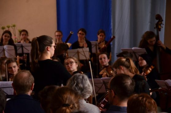 SaSch_27_pic_LevAl_Sinfoniekonzertevivaespana_01
