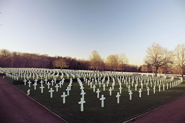 【墓の墓場】はこれからどうなる?無縁墓の処分数や増加の問題3