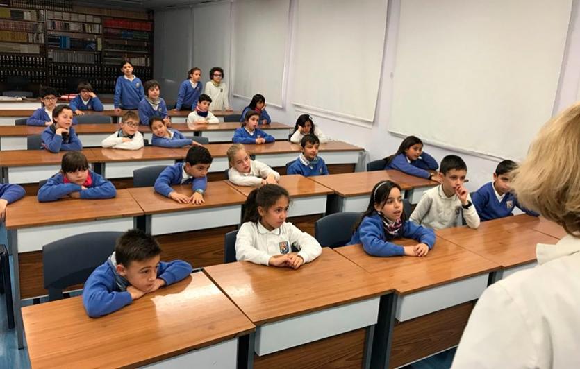 Talleres-Aqualogía-Colegio-Sagrada-Familia-de-Elda