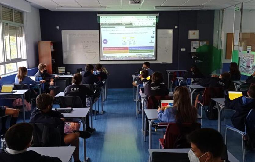 Charla-coronavirus-Colegio-Sagrada-Familia-de-Elda