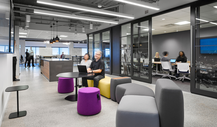 Aviva Digital Garage Offices – Toronto
