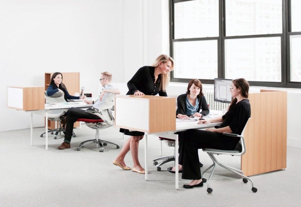 Modern Dubai Office Furniture