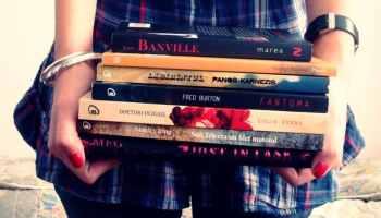 Contoh Resensi Buku Non Fiksi Singkat Padat Jelas EYD  Terlengkap