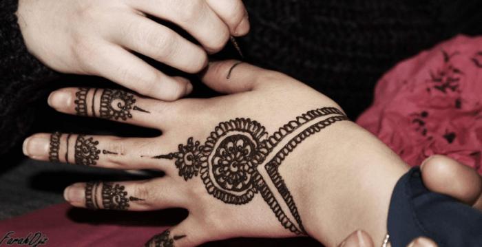 Contoh Tato Henna Simple