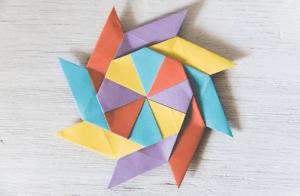 7 Cara Membuat Origami Bunga, Kupu Kupu, Bintang, Love untuk Pemula !