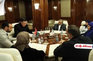 السراج يبحث سبل توفير احتياجات قطاع الصحة الليبية