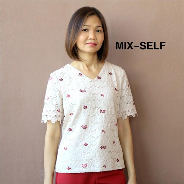Mix-Self MIX-SELF เสื้อเบลาส์ผ้าลูกไม้มีลายปัก รุ่น IB7262A