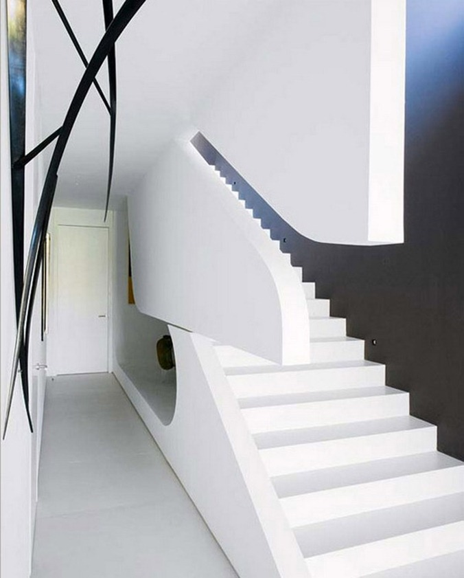 sculpture-house-stairs