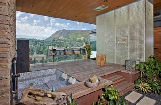 open-air-bathroom-665x432