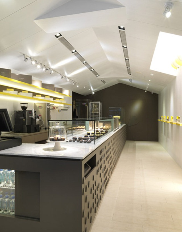 Les-bebes-Cupcakery-by-J.C.-Architecture_3