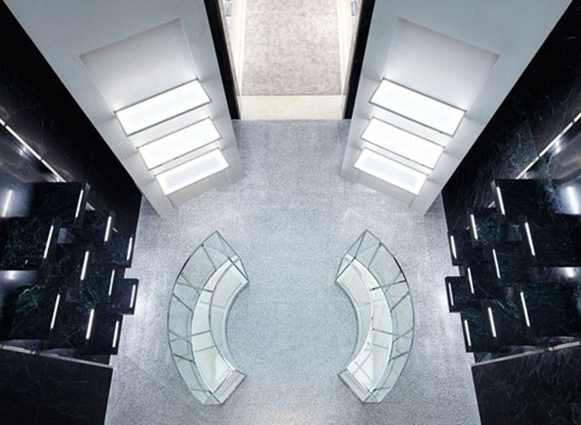 cn_image_0.size.balenciaga-manhattan-flagship-03-interior-space