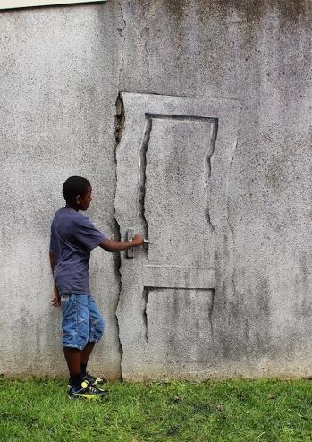 street-art-in-paris-by-pejac-7