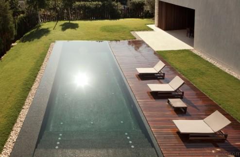 006-el-bosque-house-ramon-esteve-estudio-1050x689