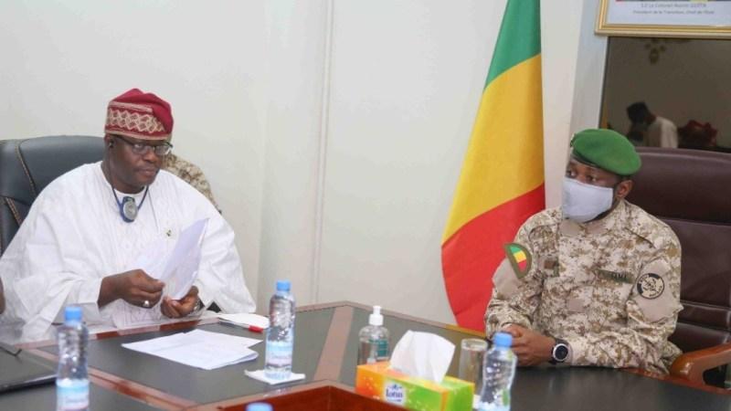 À l'Union Africaine, «les chefs d'État statueront sur la situation du Mali » selon le diplomate Victor A. Adekele