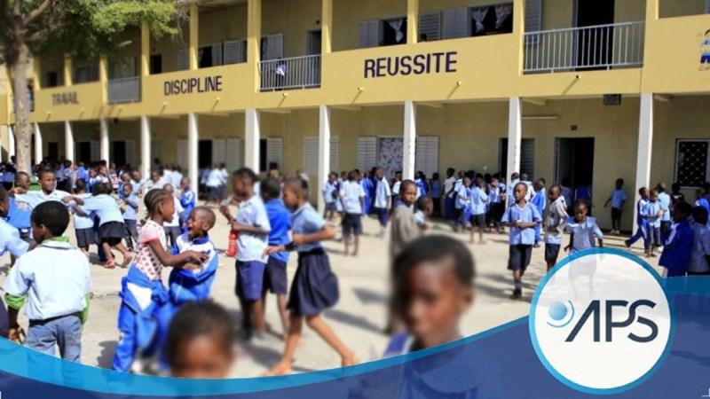 Éducation au Sénégal : le gouvernement annonce le port obligatoire de la tenue scolaire