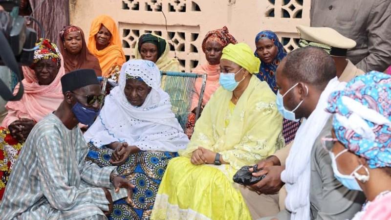 Mali: lancement du mois de la solidarité avec les blessés de guerre et les personnes âgées