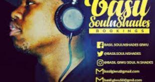 Basil SoulnShades ft De JazzmiQdeep, Mtypa, Phami & Tebza The Guitarist - From Alex To Tembisa