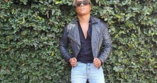 Watch Somizi Supports Three Business Women Online