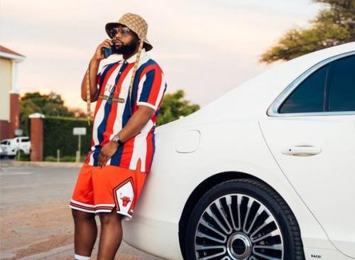 Video: Cassper Nyovest buys a Rolls Royce, fans react