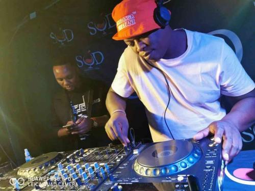 Bantu Elements - Motsweding FM Mix (9th April)