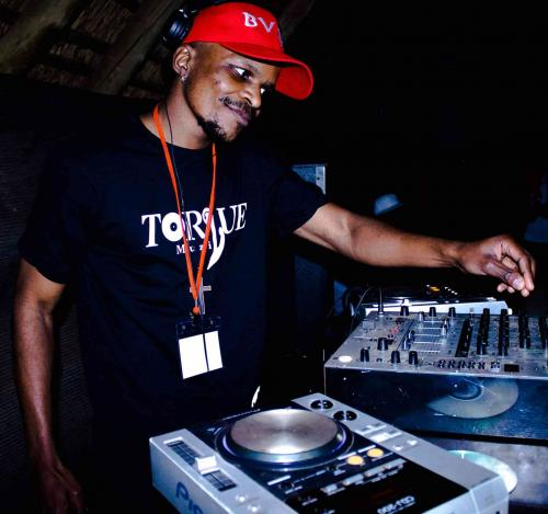 Soa Mattrix ft Soulful G - Uthando (TorQue MuziQ & Kamza Heavypoint Remix)