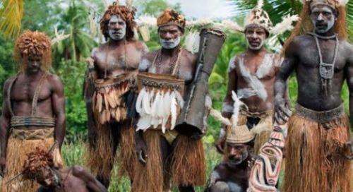 Asmat clan: The barbarian individuals who utilize human skulls as cushions
