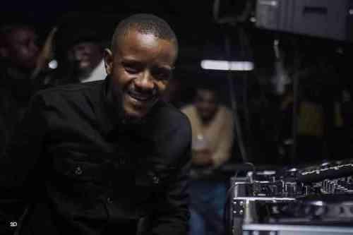 DJ Maphorisa & Kabza De Small ft Young Stunna - Shaka Zulu