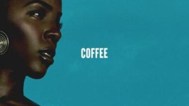 Photo of Kelly Rowland – Coffee