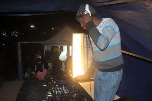 Malumz on Decks ft KB - Taba tsa hao (Pastor Snow's Deep tech Touch)