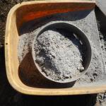 肥料づくり;草木灰づくり(1)-灰の回収-