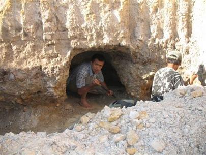 Mỏ Sapphire Đá Bàn Bình Thuận